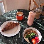Breakfast at Chérie Paloma, Lisbon
