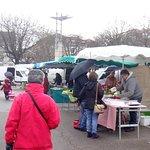 bienvenue au marché Marceau à quelques encablures de l'hôtel, marché ouvert le samedi matin