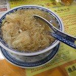 Foto de Mak Man Kee Noodle Shop