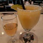 Photo de Tequila's Town