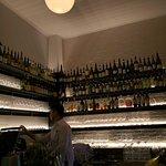 Foto de Carlton Wine Room