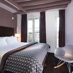 Hotel Marais Home - EMERAUDE HOTELS
