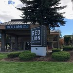 Red Lion Inn & Suites Deschutes River – Bend