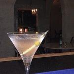 Nuestra coctelería premium hace de Ladivina un espació único para disfrutar de los mejores cocteles