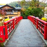 近隣には桂橋以外にも素敵な橋がいくつかありますが、この桂橋はその中心にあるような位置にあります。