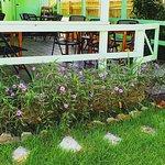 Foto de Ola Lola's Garden Bar