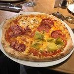 Photo de La Trattoria Pizzeria Ristorante