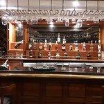 Harry's Pub02
