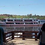 Passeio pelo Rio Tietê, com o navio San Marino.