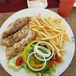 Foto de Kata Noi Bayinn & Kata Noi Seafood Restaurant