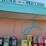 Juan in a Millionの写真