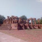 24 Avatars Group of Temples-bild
