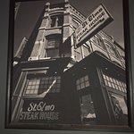 Foto de St. Elmo Steak House