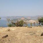 صورة فوتوغرافية لـ Dudhni Lake