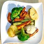 Photo de Ege Supermarkt & Restaurant