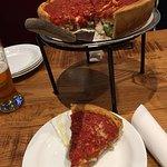 Photo de Giordano's Chicago Pizza