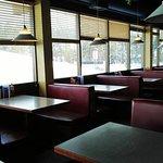 Фотография Lake Louise Village Grill & Bar