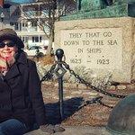 渔人纪念碑照片