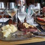 Foto de black & blue Steak and Crab