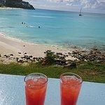 Dennis Cocktail Bar & Restaurant의 사진