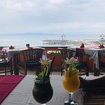 Foto Restaurant Lezat Tepi Pantai