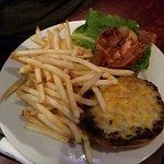 صورة فوتوغرافية لـ Electric Palm Restaurant