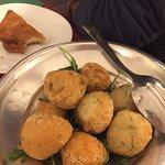 Photo de Trattoria Pizzeria Spaccanapoli