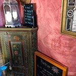 Cafe Galeria House of Wonders의 사진
