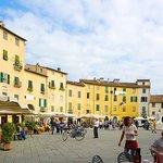Foto di Piazza Anfiteatro