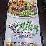 Foto de The Alley at Aiea Bowl