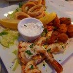 Foto de Yiamas Greek Taverna