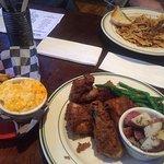Foto de George's Corner Restaurant & Pub