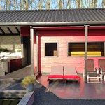 6-persoons whirlpool, Finse sauna en diverse terrassen in het buitengedeelte