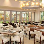 Bourbon Cambará Hotel | Restaurante Ouro Verde