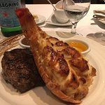 Foto van Factory Steak and Lobster