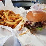 صورة فوتوغرافية لـ Dope Burger