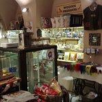 Photo de Zeppelin Cafe and Souvenirs