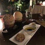 Foto de Full Moon Restaurant