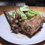 Hoy comida en el restaurante #TartánBistró, todo estupendo, aconsejada por Abraham Garcia, muchas gracias, el cordero 😋😋 un día feliz para una solitaria👌👌 como siempre un placer 😘😘😘 sobre todo hoy, muchas Abrahan García 🙏🙏🙏