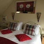 Comfy king bed, nice decor