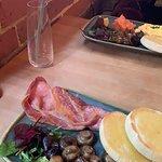 Foto The Hide Café Bar