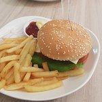 ภาพถ่ายของ ร้านอาหาร ท่าอากาศยานภูเก็ต (Phuket Airport Restaurant)