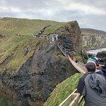 Foto van Carrick-A-Rede Rope Bridge