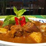Gaeng khari Gae, Yellow curry lamb