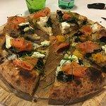 Pizzeria La Buca Foto