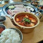 Korea Eats照片
