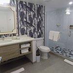 Bathroom of Room 1120.