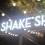 Photo of Shake Shack Gaien Icho Namiki