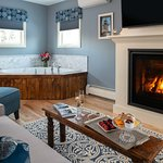 The Mercantile King Luxury Suite