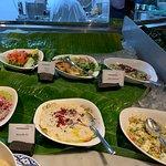 Vegan and vegetarian salad options